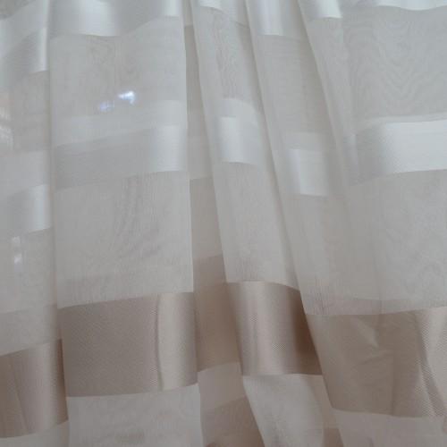 Κουρτίνες έτοιμες ραμμένες τύπου γάζα κρεμ με ρίγες στο τελείωμα ιβουάρ-χρυσό KE 1559 (280X300cm) - με τρέσα