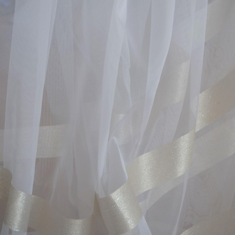 Κουρτίνες έτοιμες ραμμένες οργάντζα λευκό με ρίγες στο τελείωμα χρυσό KE 1561 (280X300cm) - με τρέσα